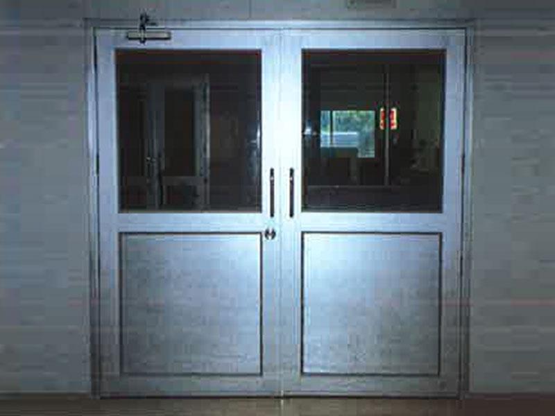 ประตูห้องคลีนรูม ห้องไลน์ผลิต บานเปิดทางเดียว IXL Panel